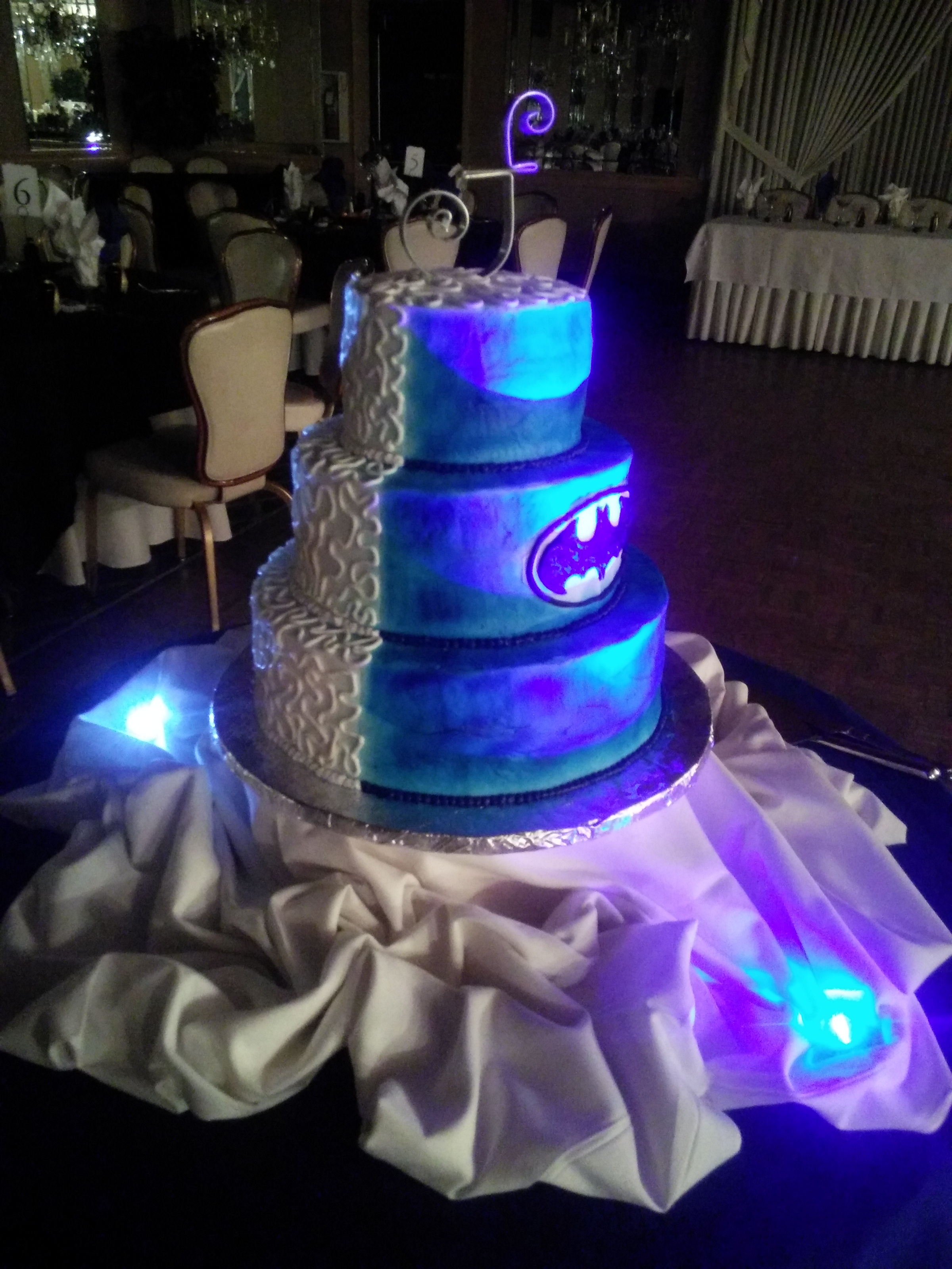 wedding cake - batman forever | Cleveland Catering