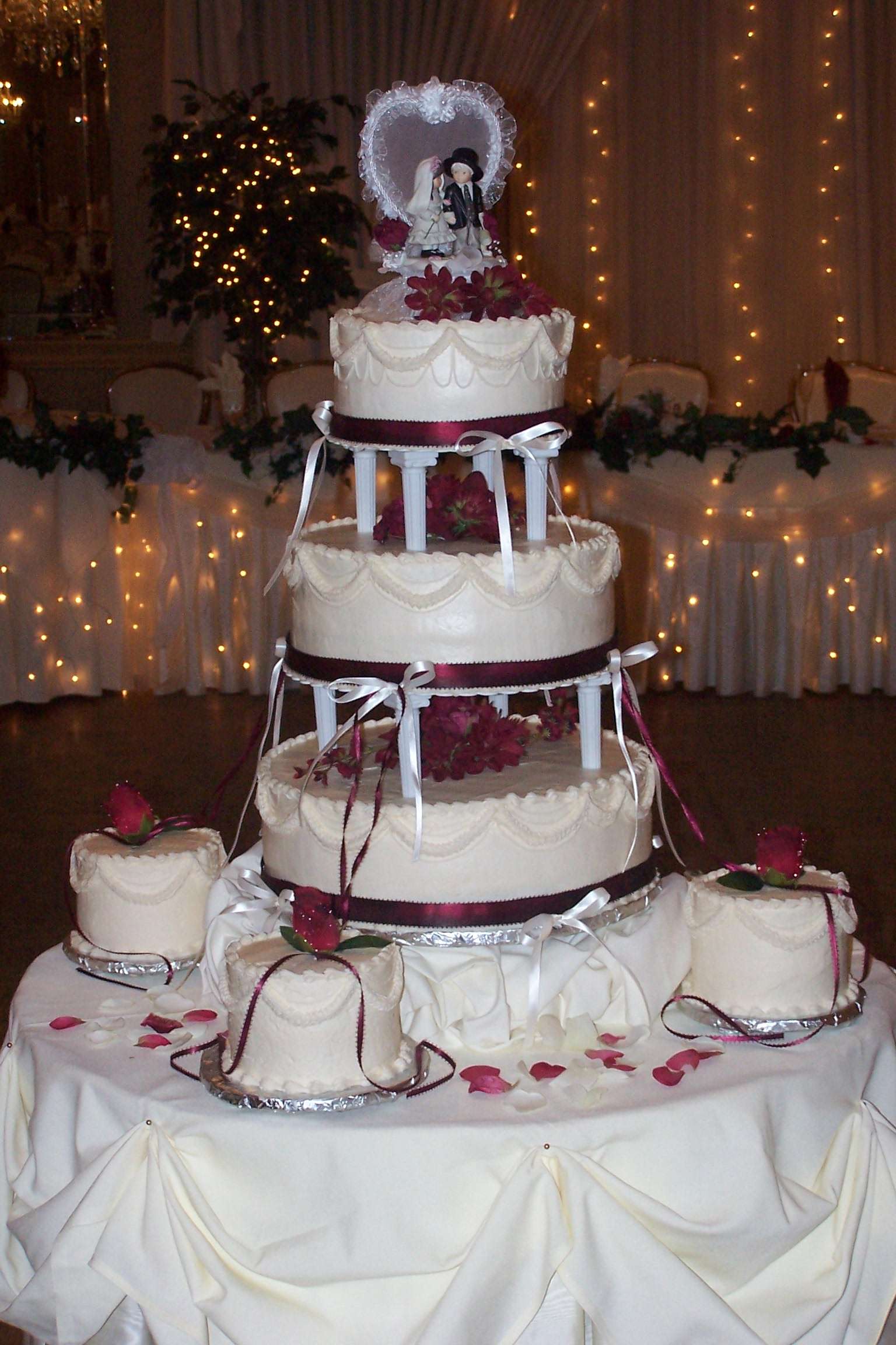 Photo Gallery Custom Cakes Cleveland Catering